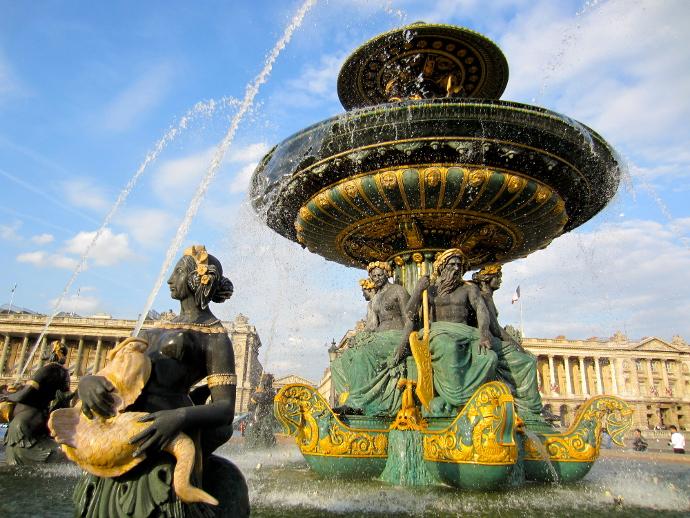 Fuente Plaza de la Concordia Paris